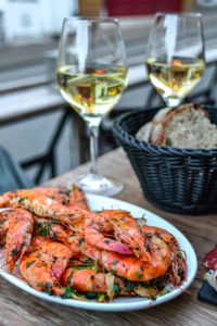 Puig & Daro - Prawns and Wine