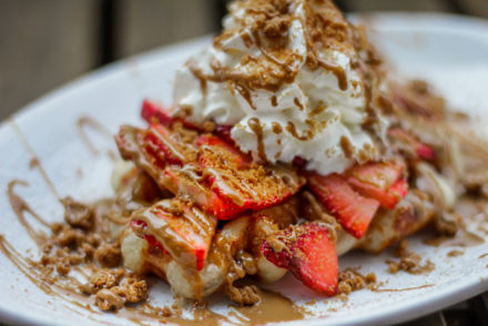 Wafels & More - Speculoos Strawberry Waffle