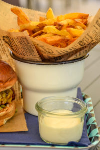Bez Burger - Fries and Aioli