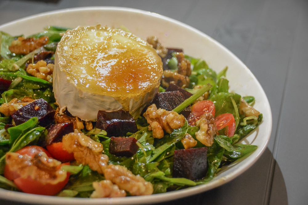 Bez Burger - Goat Cheese Salad